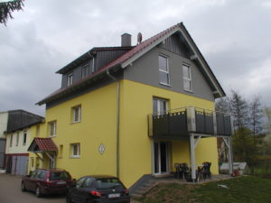 Wohnhaus nach der Aufstockung