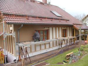 Verbesserung der Fassade mittels 16cm starken Stegträgern und 4cm Holzfaser-Putzträgerplatte