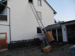 Materialtransport in das Dachgeschoss mittels Schrägaufzug