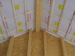 Fachgerechter Anschluss an angrenzende Bauteile mit geeigneten Klebebändern