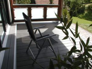 Terrassenbelag mit Stufe, WPC
